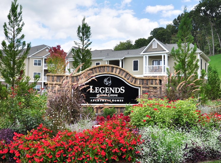 Legends at Oak Grove Apartment Homes Knoxville, TN 37918 welcome sign with flowers