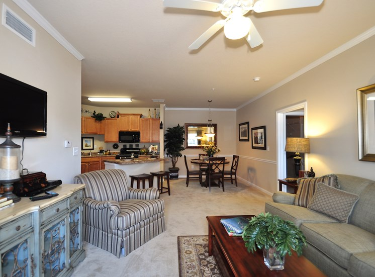 Legends at Oak Grove Apartment Homes Knoxville, TN 37918 ceiling fans in living room in spacious open floor plan
