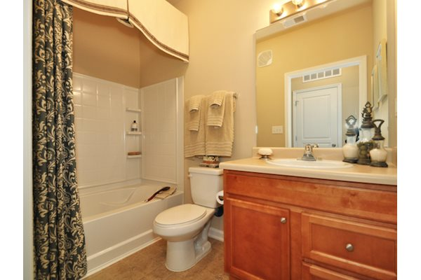 Legends at Oak Grove Apartment Homes Knoxville, TN 37918 garden tubs in homes