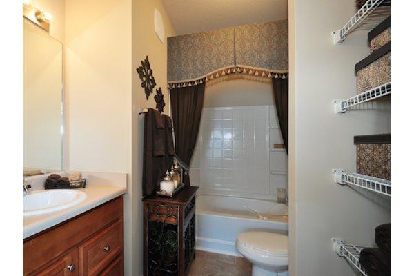 Legends at Oak Grove Apartment Homes Knoxville, TN 37918 built in linen closets