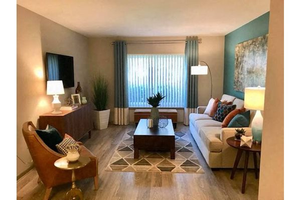 Terraces at Summerville Augusta, GA 30904 hardwood-inspired flooring