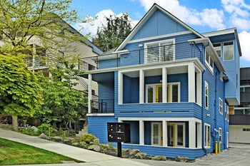 2320 E Denny Way 3 Beds Apartment for Rent Photo Gallery 1