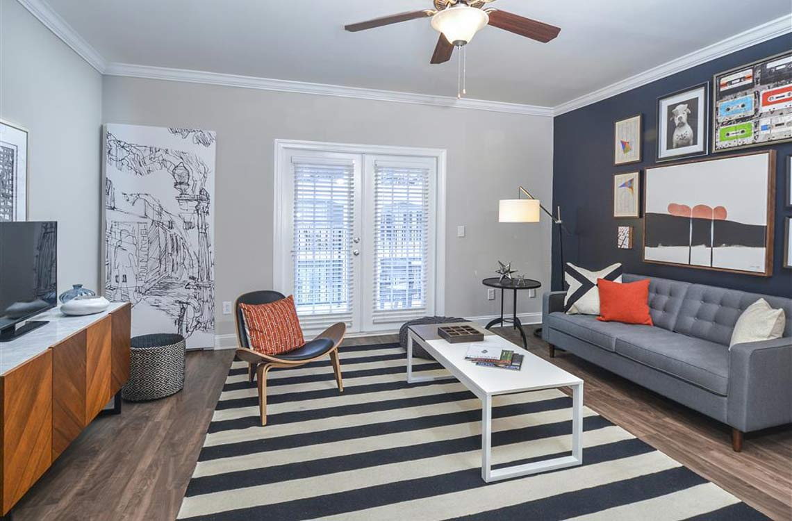 Apartments In Atlanta, GA | Savannah Midtown Private Balcony Extends Living  Room