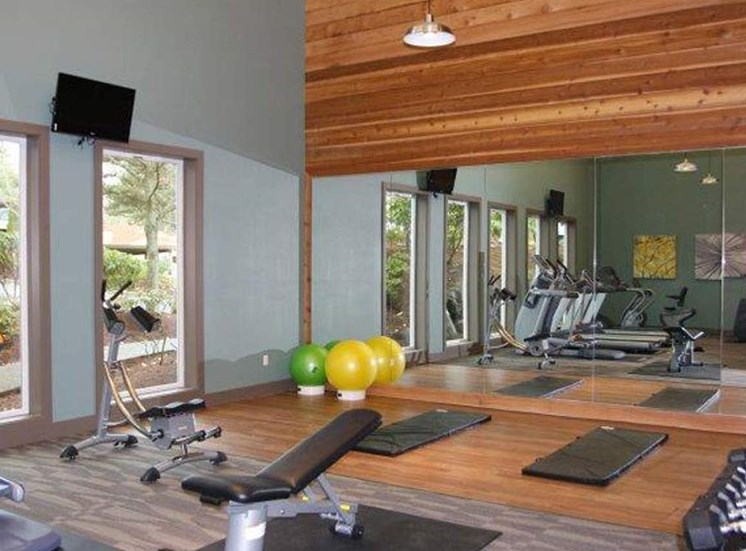 Resident Fitness Center | Apartments Mountlake Terrace, WA | Taluswood Apartments