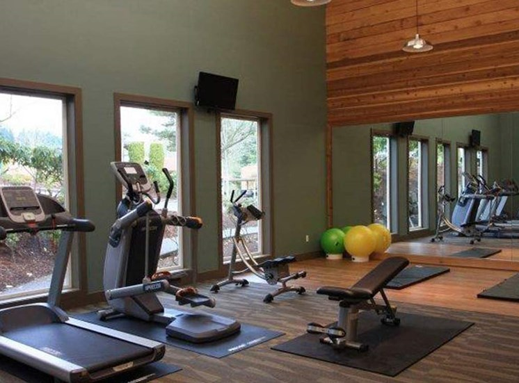 State-of-the-Art Fitness Center | Apartment Homes in Mountlake Terrace, WA | Taluswood Apartments