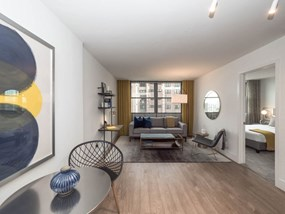 Luxury One-Bedroom Urban Apartment at Wave, Chicago