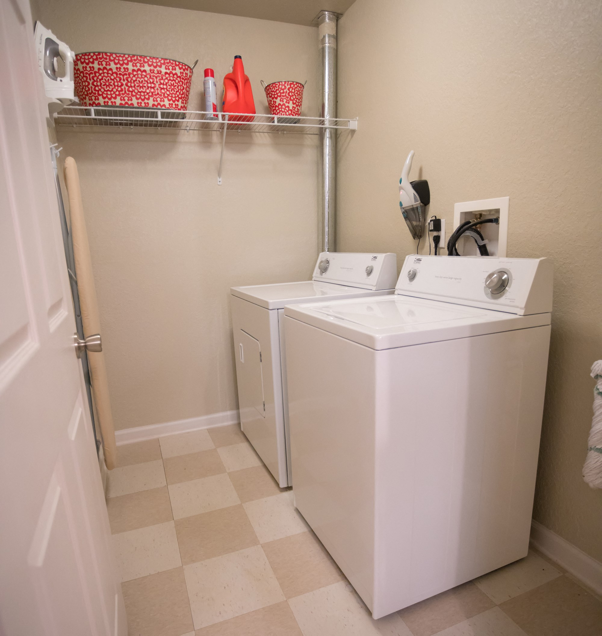 Laundry Room at The Haven at Commons Park Apartments in Chattanooga, TN