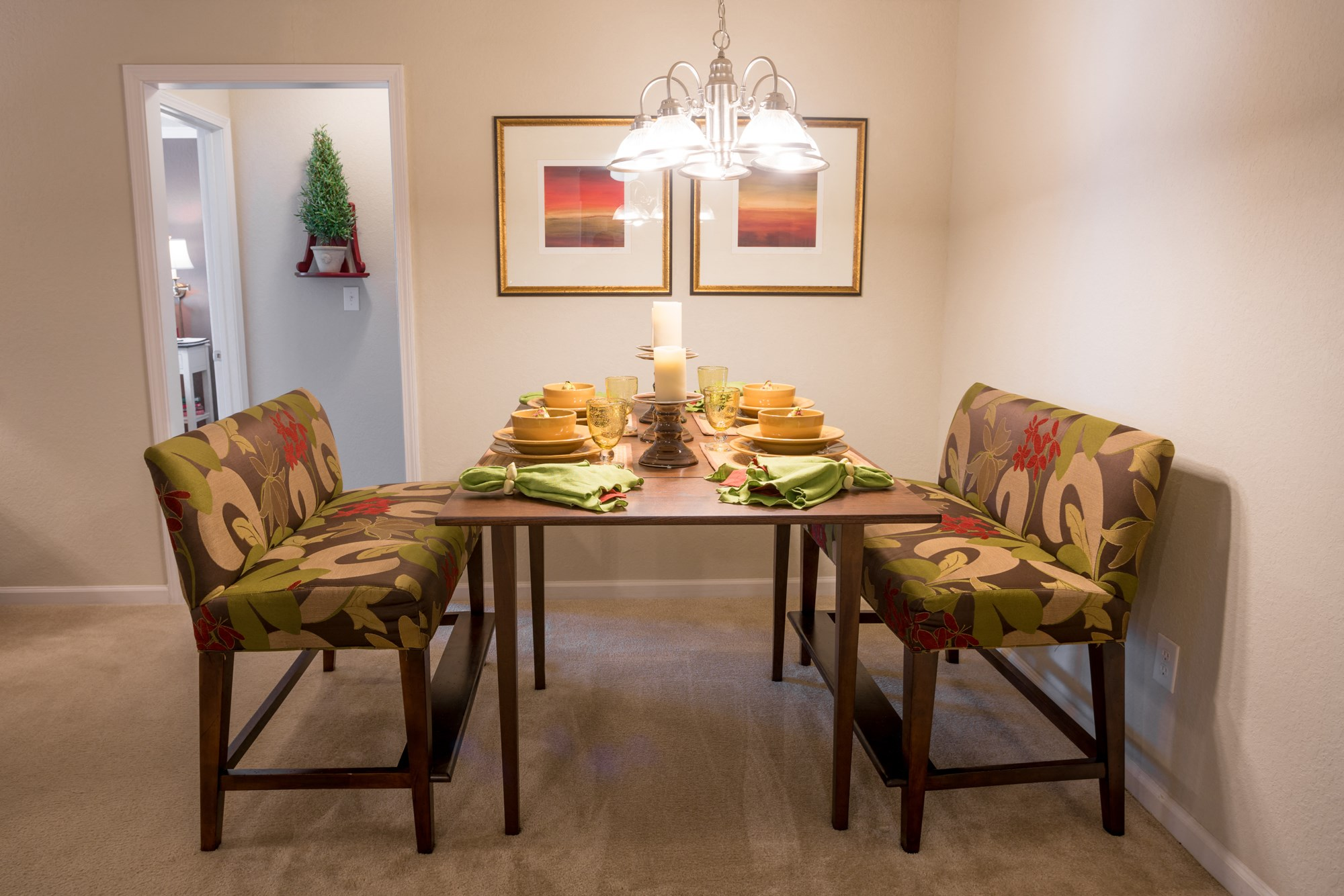 Dining Area at The Haven at Commons Park Apartments in Chattanooga, TN