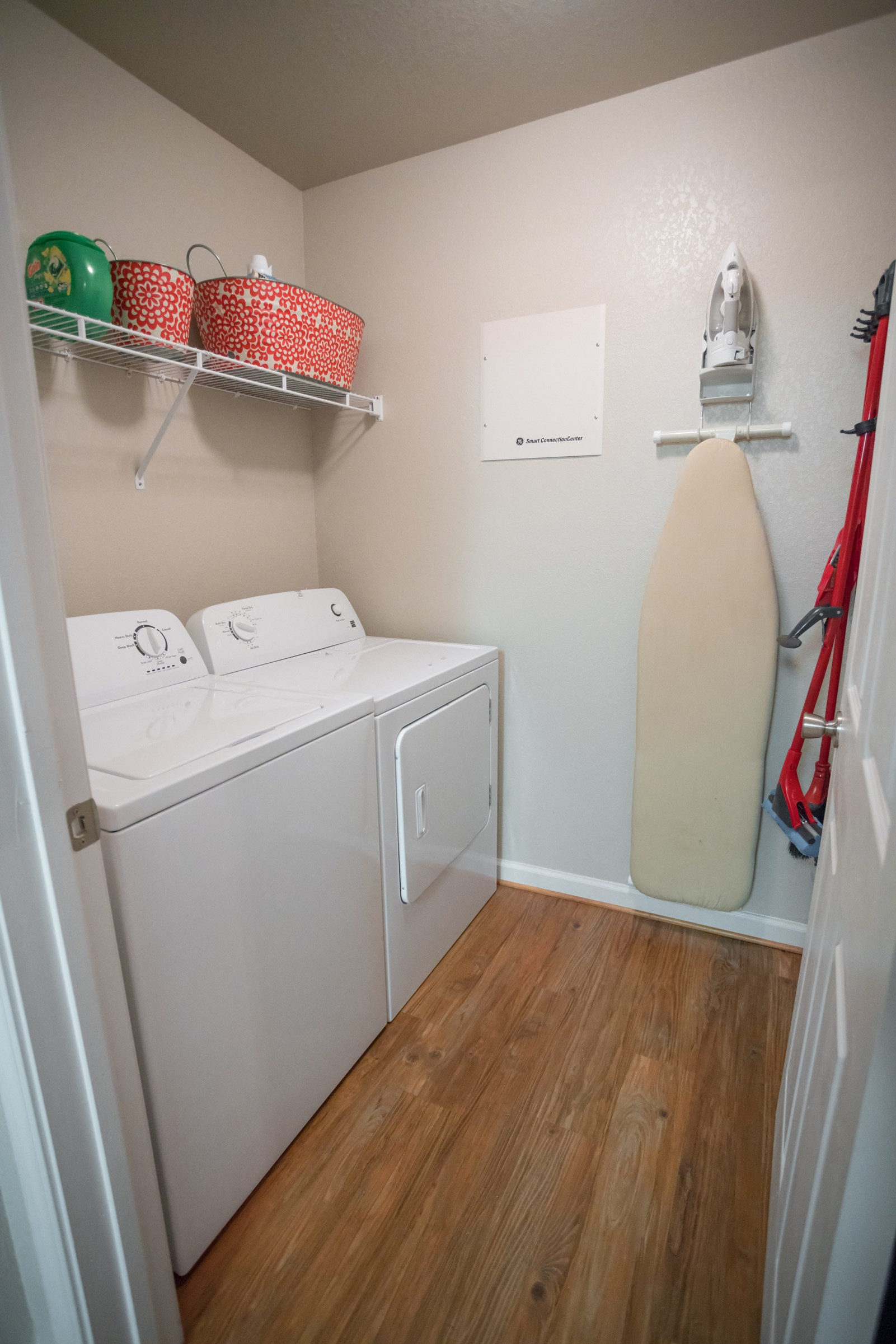 Laundry Room at Verandas at Taylor Oaks Apartments in Montgomery, AL