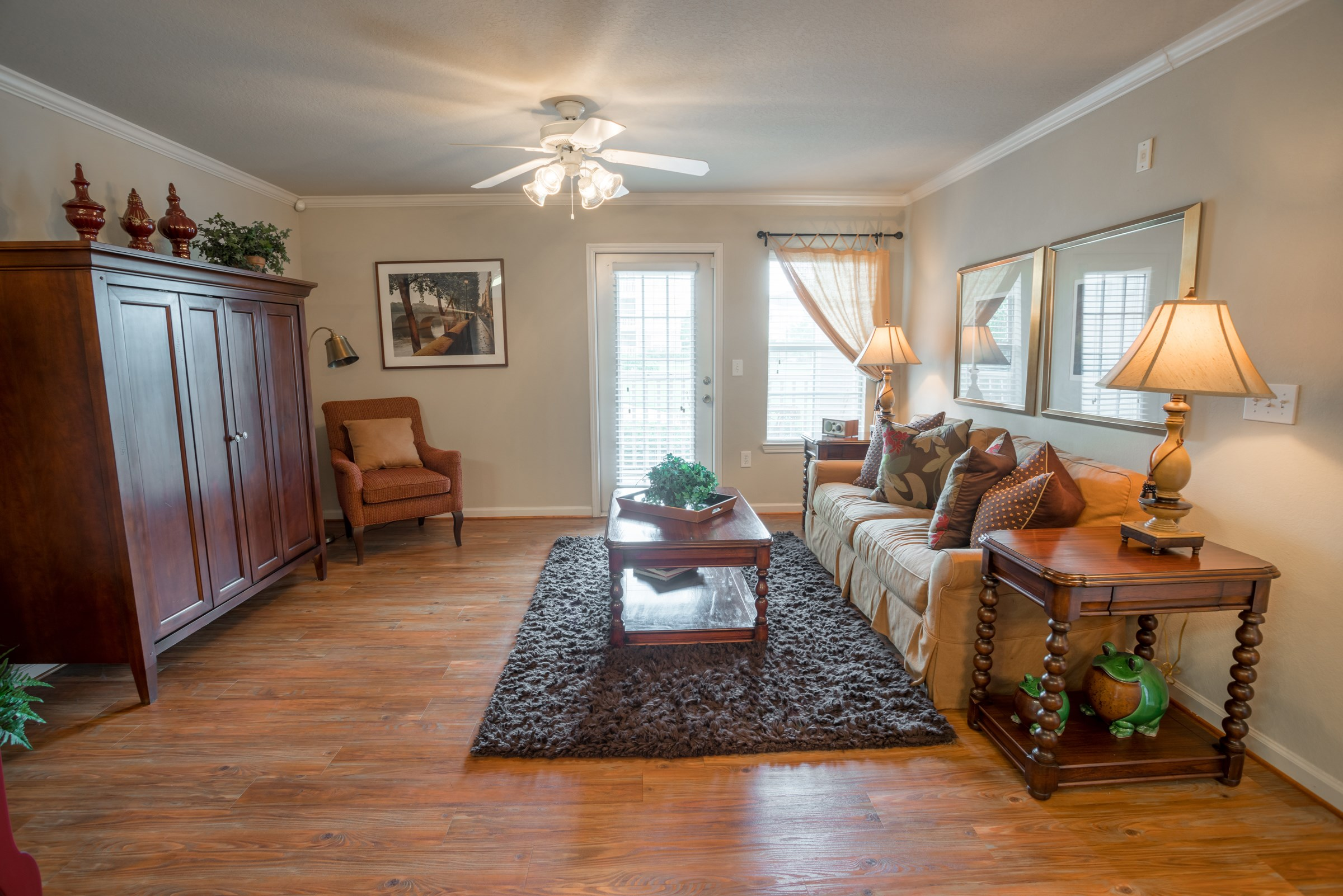 Living Room at Verandas at Taylor Oaks Apartments in Montgomery, AL