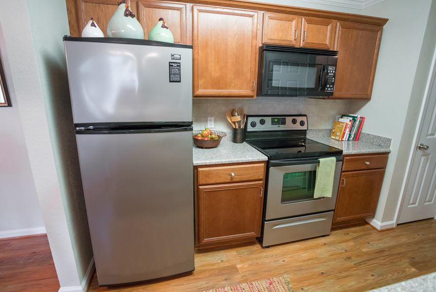 Kitchen at Verandas at Taylor Oaks Apartments in Montgomery, AL