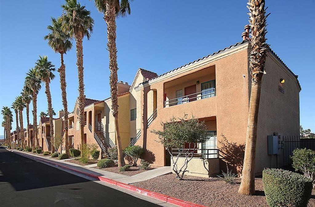 desert pearl apartments in las vegas nv