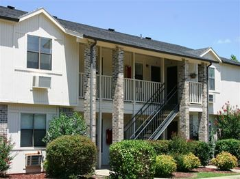 2996 N. Gregg 1-2 Beds Apartment for Rent Photo Gallery 1