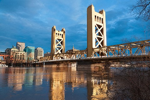 Sacramento Bridge l The Retro Apartments in Sacramento, CA