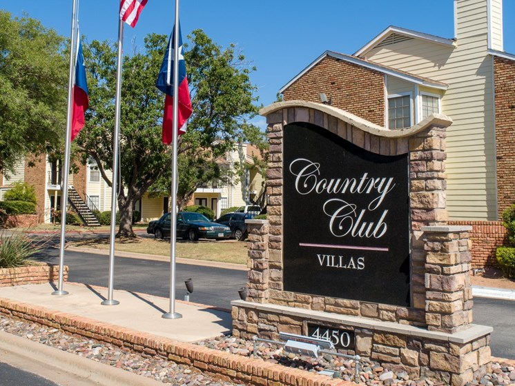 Entrance at Country Club Villas in Abilene TX