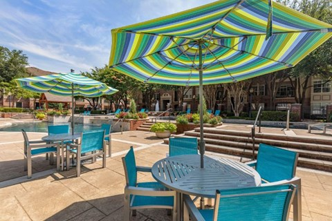 The Lincoln at Towne Square| Swimming Pool