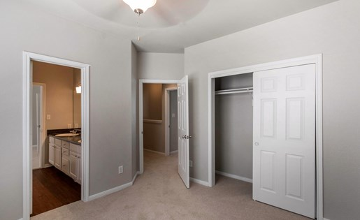 The Lincoln at Towne Square Apartments in Plano, TX Bedroom with En-Suite Bathroom