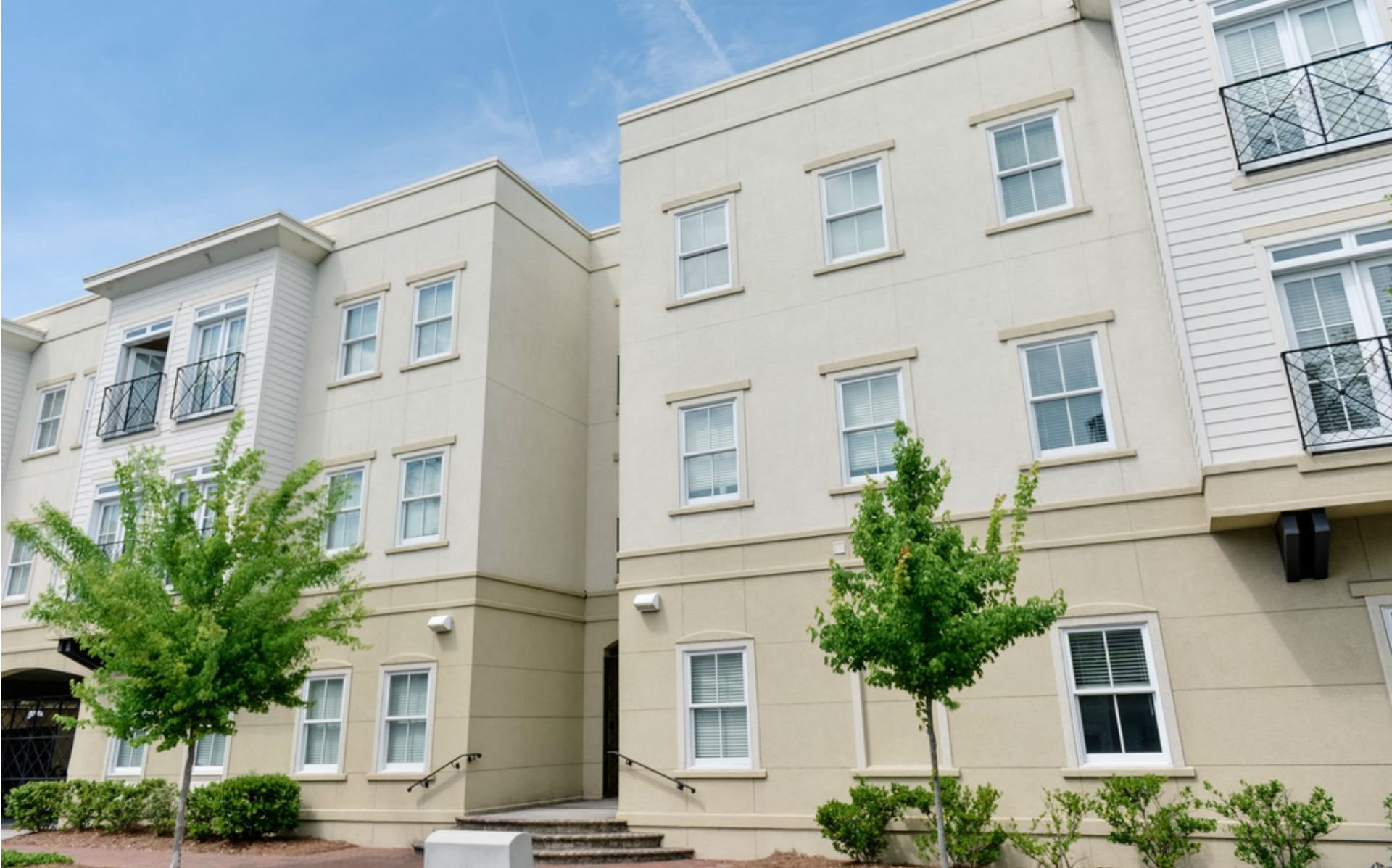 Alice hall apartments in savannah ga for Apartments near savannah college of art and design