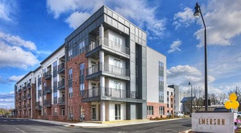 150 South Irby Street 1-2 Beds Apartment for Rent Photo Gallery 1