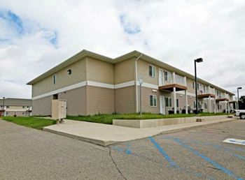 101 8th Avenue SW, #102 2 Beds Apartment for Rent Photo Gallery 1