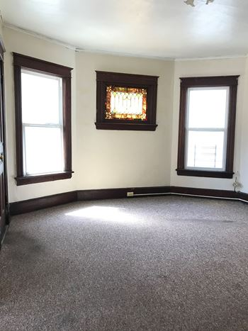26 Hammersley Avenue 3 Beds Apartment for Rent Photo Gallery 1