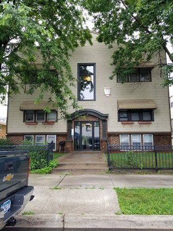 3415 Nicollet Ave. S. 1-2 Beds Apartment for Rent Photo Gallery 1