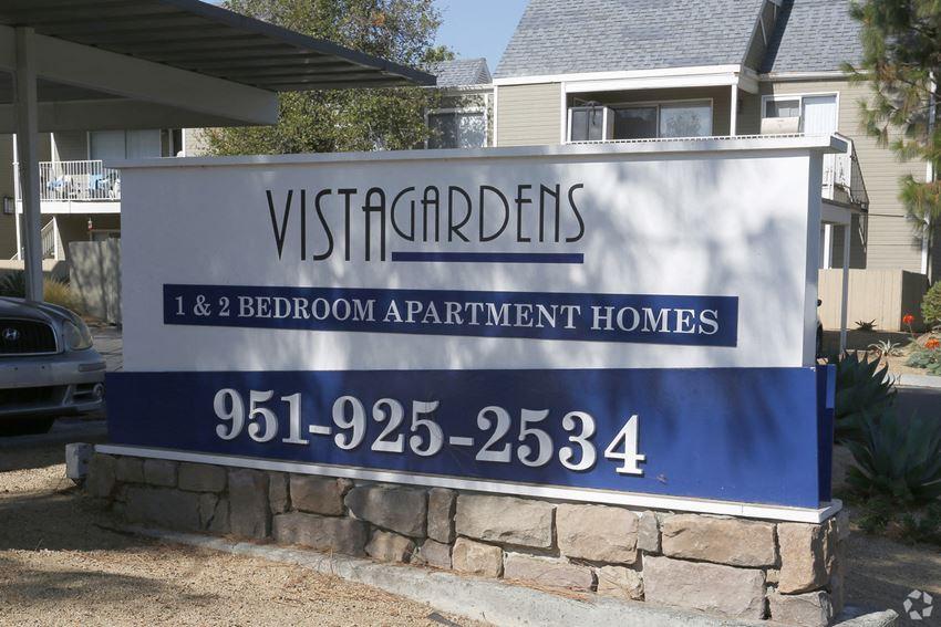 Welcome to Vista Gardens