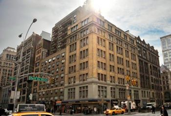295 PARK AVE SOUTH Studio-4 Beds Apartment for Rent Photo Gallery 1