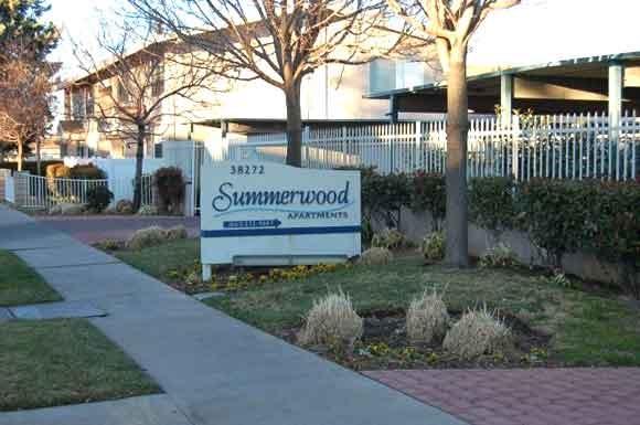 Summerwood Apartments 38272 11th Street East Palmdale Ca Rentcafe