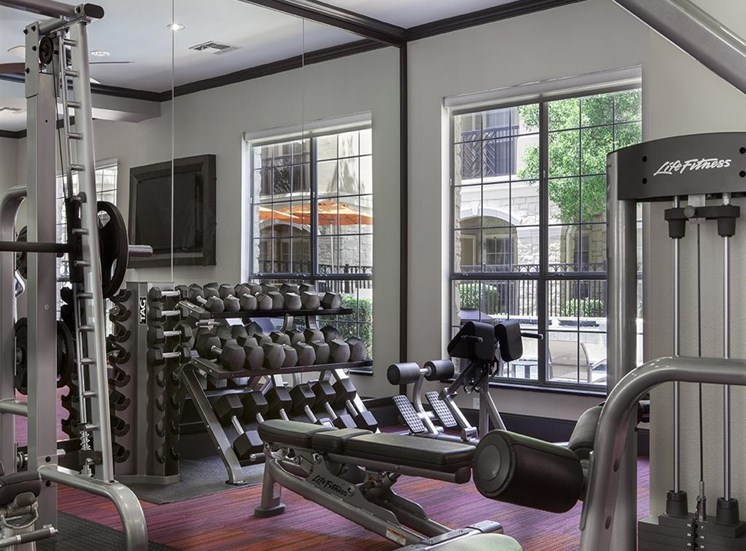 Fitness center at Neo Midtown Apartments in Dallas, TX