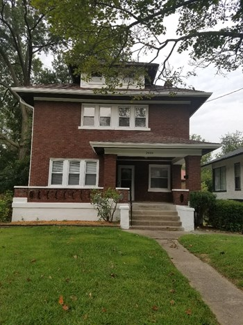 2949 Mignon Ave 3 Beds House for Rent Photo Gallery 1