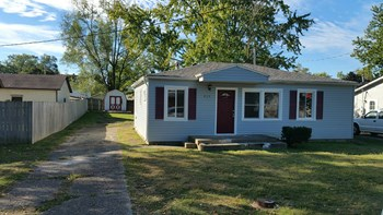 819 Walnut St 3 Beds House for Rent Photo Gallery 1