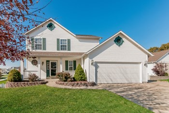 2611 Red Cedar Parc Dr 4 Beds House for Rent Photo Gallery 1