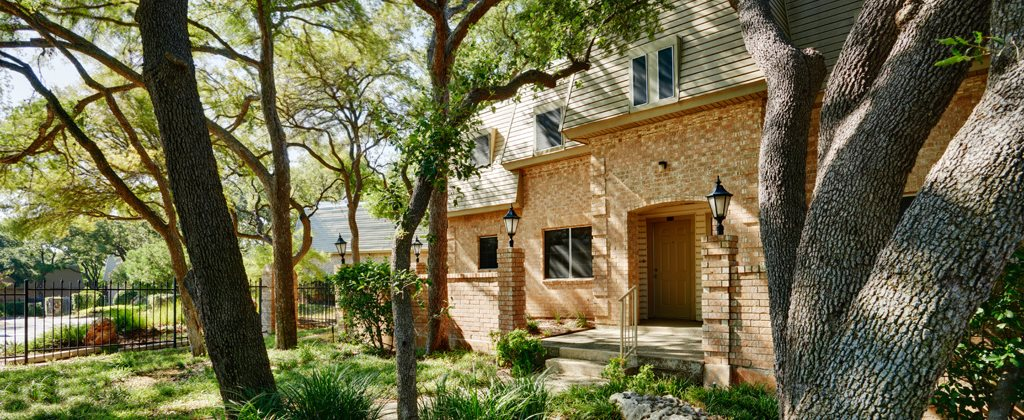 Modern Yet Classic Design at Le Montreaux A Concierge Community, Austin, 78759