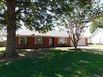 6901 River Birch Rd 3 Beds House for Rent Photo Gallery 1