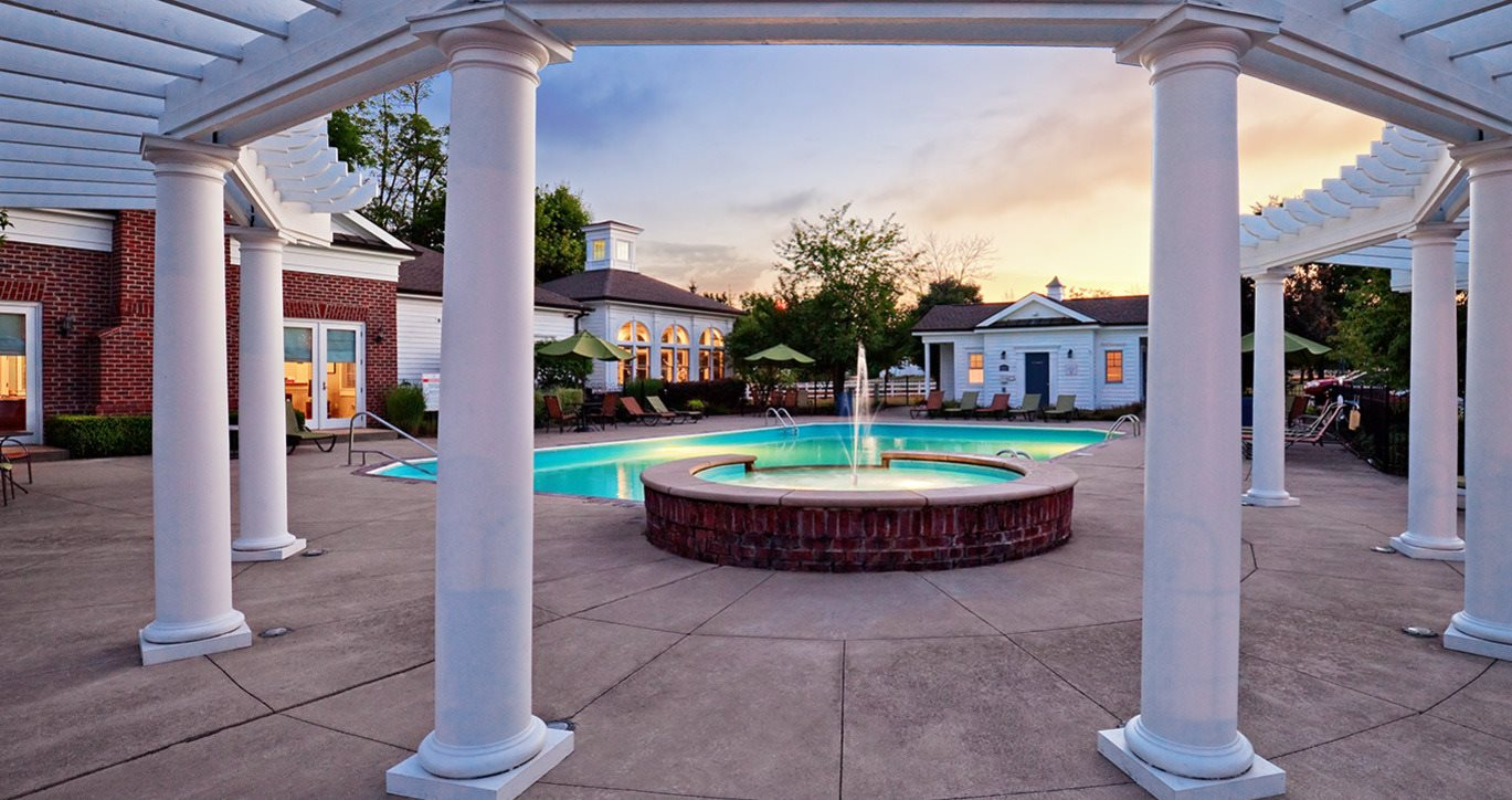 Creekside at taylor square apartments in reynoldsburg oh for 1 bedroom apartments reynoldsburg ohio