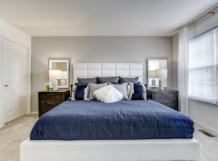 Spacious Bedroom with Large Windows at The Retreat at Danada Farms, Wheaton, IL, 60189