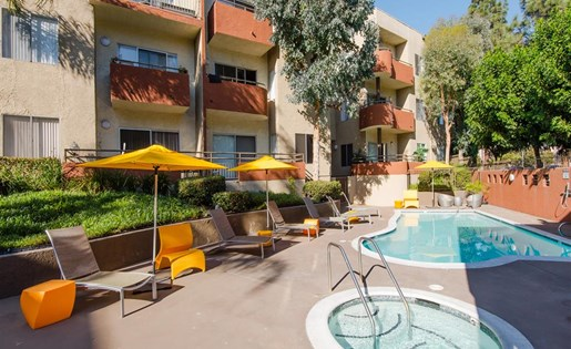 Glenoaks Gardens apartments for rent at Sun Valley, CA 91352