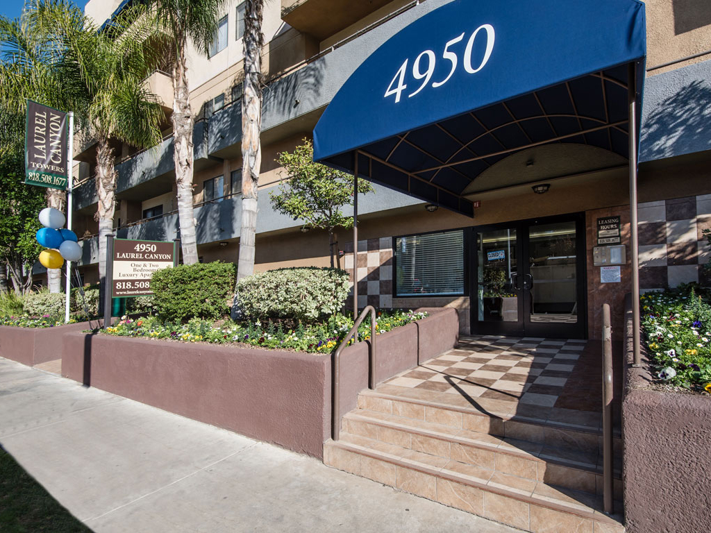 Laurel Canyon Towers Apts photogallery 29