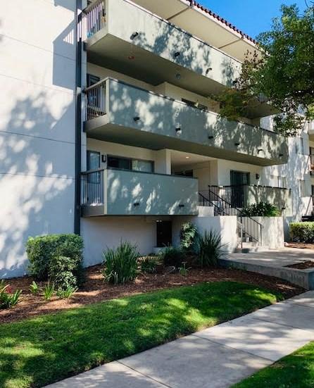 Pet-Friendly Apartments in Pasadena, CA - San Pasquel Exterior