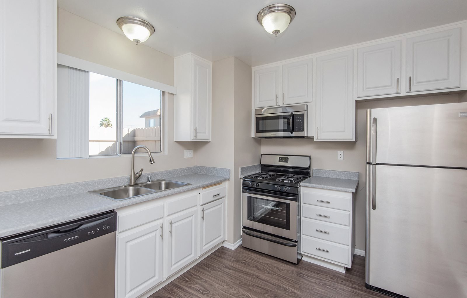 KItchen Westerly Shores Apartments For Rent in Oxnard Ca