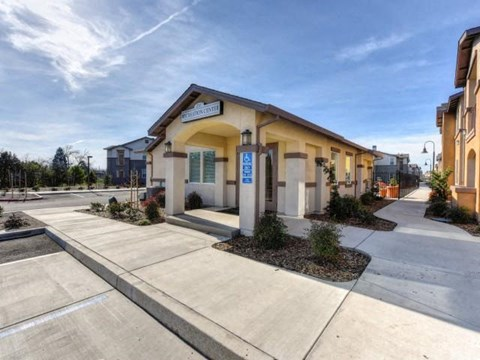 Leasing office l Eaton Village Apartments in Chico CA