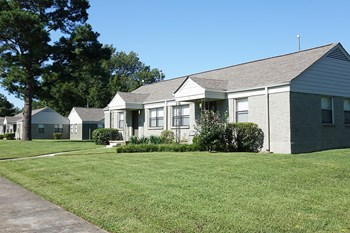 281 Johnson Circle West 2 Beds Apartment for Rent Photo Gallery 1