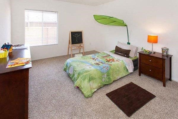 2 and 3 bedroom apartments great for kids  or roommates