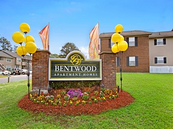 2601 Evergreen Drive 1-2 Beds Apartment for Rent Photo Gallery 1