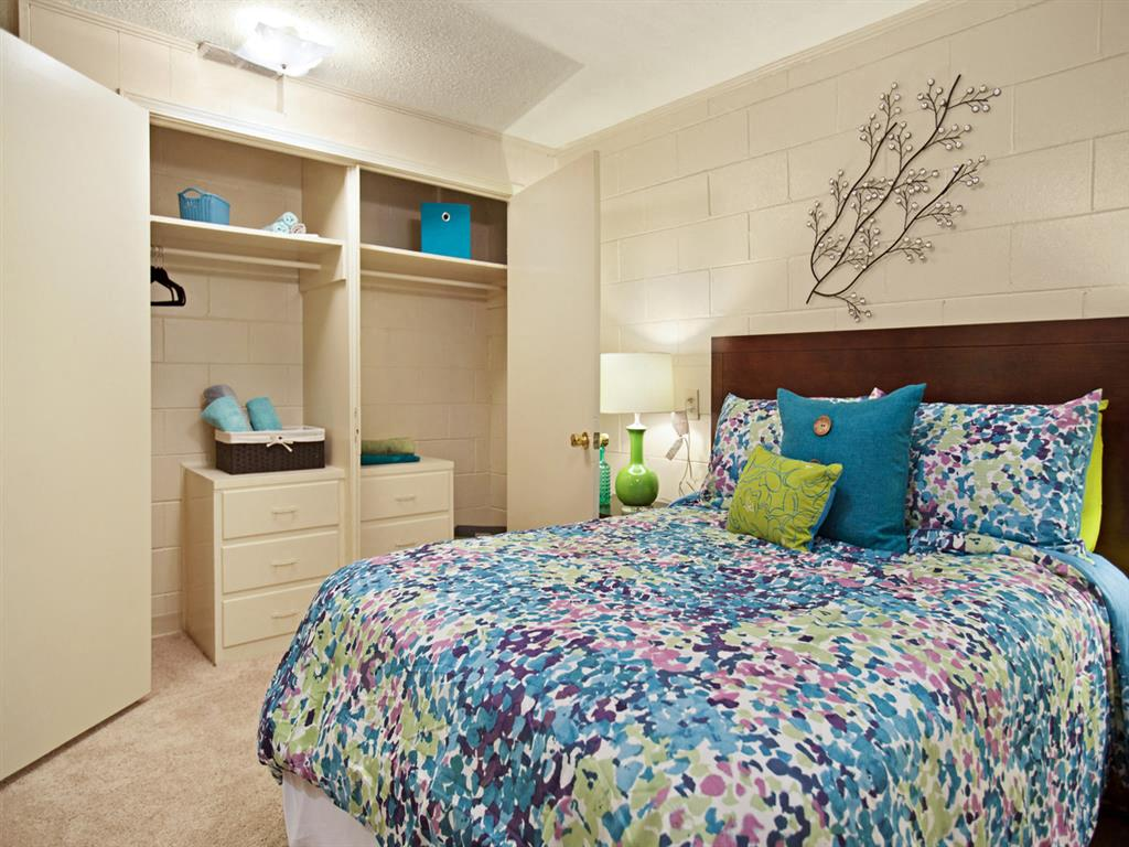 Canterbury Apartment Homes, Tuscaloosa, AL, Bedroom