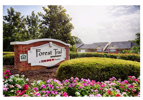 Forest Trail Apartment Homes Community Thumbnail 1