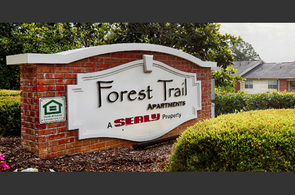 Forest trail apartment homes 7651 hwy 69 north tuscaloosa al rentcaf for Cheap 1 bedroom apartments in tuscaloosa al