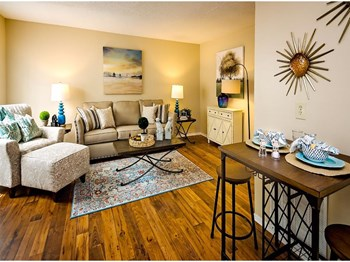 6001 Old Shell Road 1 Bed Apartment for Rent Photo Gallery 1