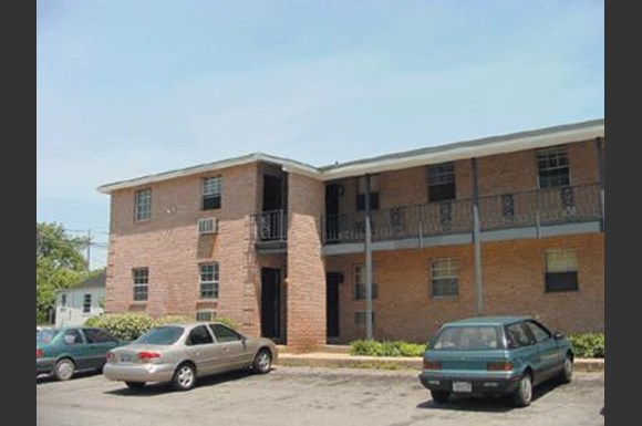 Tenth Avenue Apartments, 1821 10th Avenue, Tuscaloosa, AL - RENTCafé